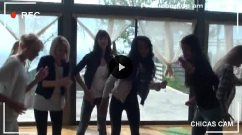 video-topmodel-die-maedchen-tanzen-ausgelassen